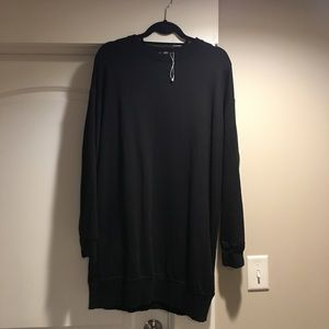 Zara over-sized sweatshirt Dress size Small Black